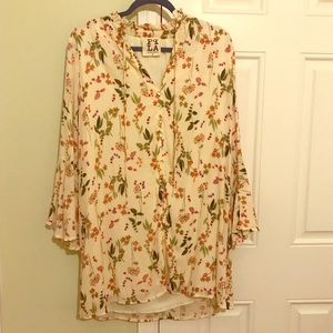 Floral shift dress with bell sleeves